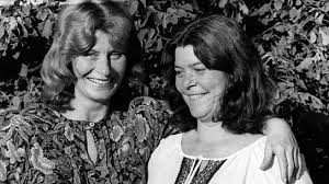 Shirley and Dolly Collins photo 2