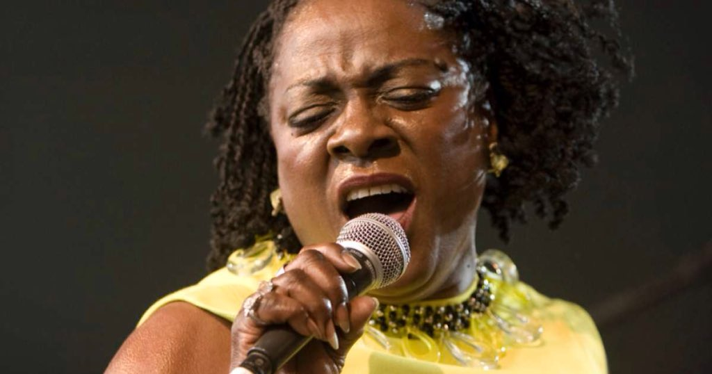 Sharon Jones photo