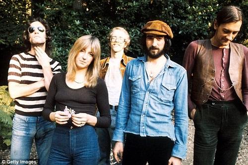 Fleetwood Mac photo 6